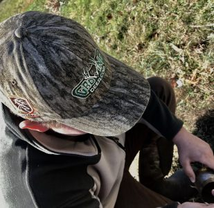 The GrowingDeer camo hat