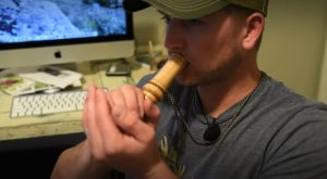 Adam shows how to use a grunt call.