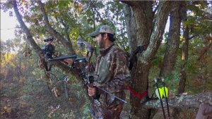 self filming a deer hunt